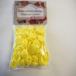 Boutons pression plastique jaune